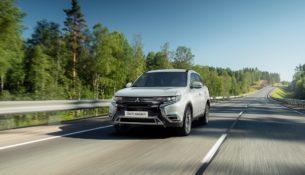 В России стал доступен обновленный Mitsubishi Outlander