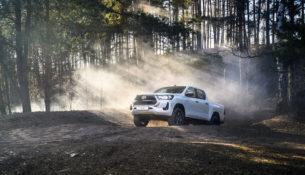 Новая версия Toyota Hilux появилась в России