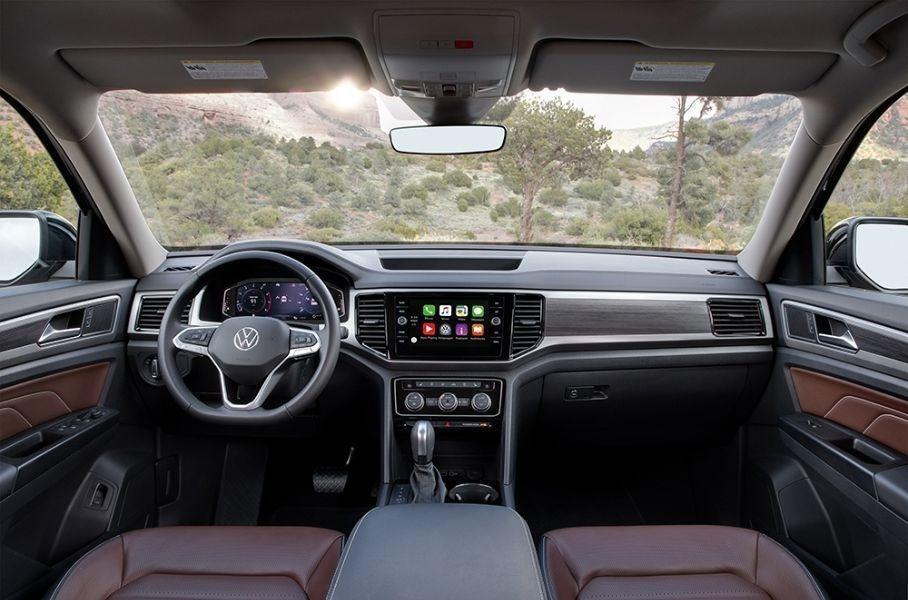 VW раскрыл российские цены на обновленный Teramont